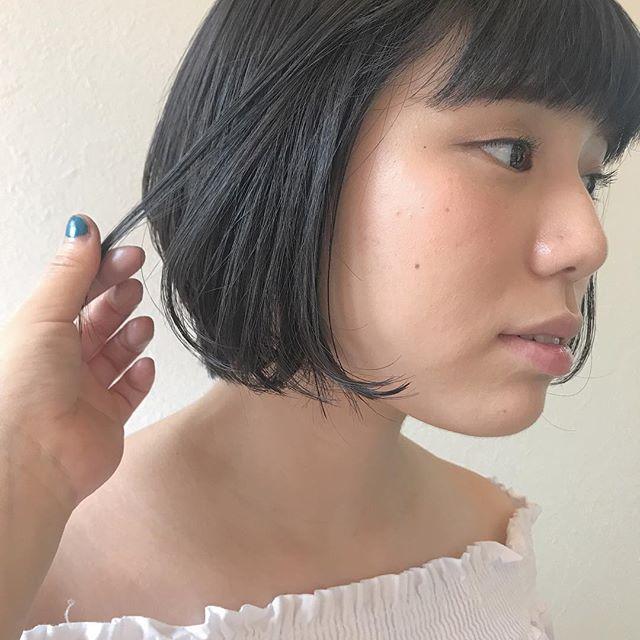 担当シオリ @shiori_tomii 色落ちを考慮したグレーcolor#abond#shiori_hair #haircolor#グレー