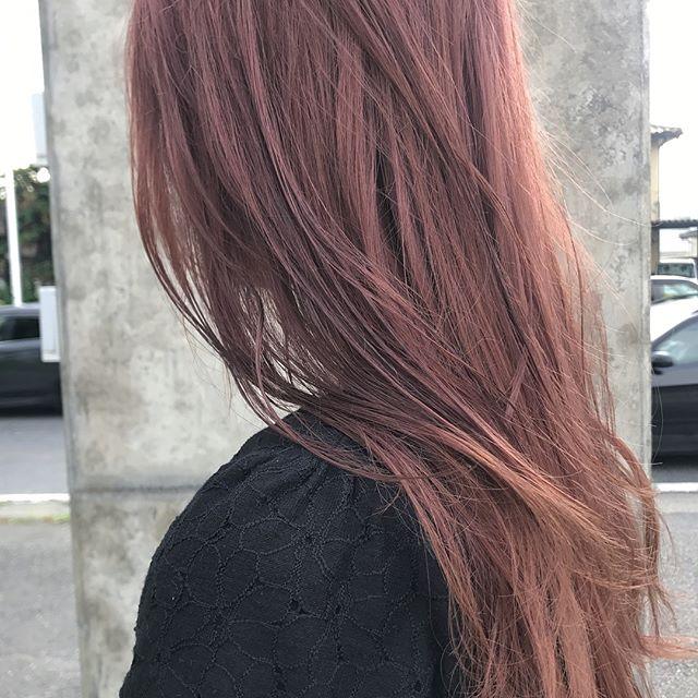 担当シオリ @shiori_tomii うすーいpink color #abond #shiori_hair #haircolor #pinkhair