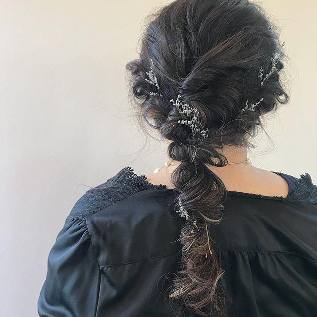 担当シオリ @shiori_tomii 朝から早朝setありがとうございました♡本日まだ空きがございますのでお時間合う方ぜひお待ちしております♡#abond #shiori_hair #hairarrange #hairset #ヘアセット#高崎美容室