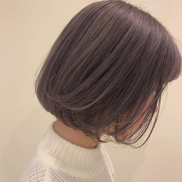 担当シオリ @shiori_tomii ハイトーンからラベンダーグレージュに色が落ちてもきれいです明日以降まだ予約空いてますのでぜひabondでお待ちしております!#abond #shiori_hair #ラベンダーグレージュ#高崎美容室