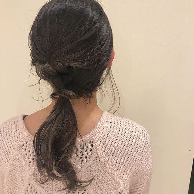 担当シオリ @shiori_tomii 本日17時以降のご予約が空いておりますのでぜひお待ちしております#abond #shiori_hair #hairarrange #ヘアアレンジ