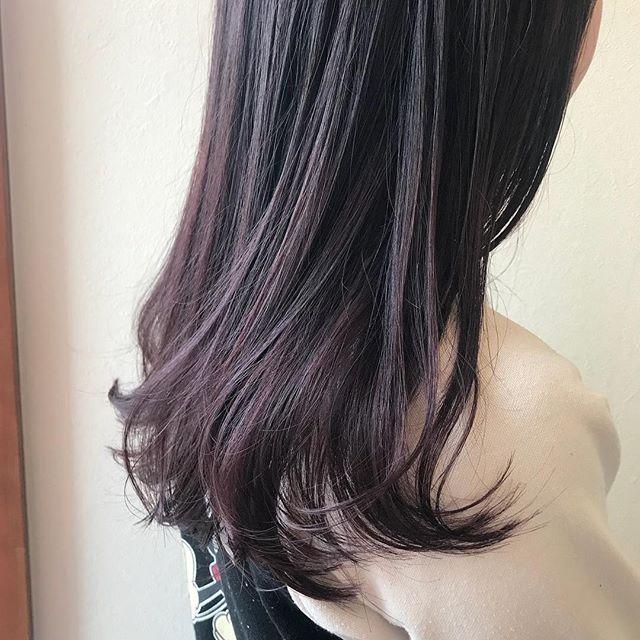 担当シオリ @shiori_tomii ピンクのグラデーションくすみ系も人気ですが、ピンク系も人気です!#abond #shiori_hair #ピンクグラデーション#高崎美容室
