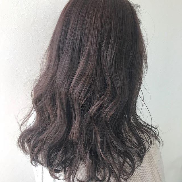 担当シオリ @shiori_tomii くすみ感たっぷりなピンクアッシュ#abond #shiori_hair #ピンクアッシュ#高崎美容室