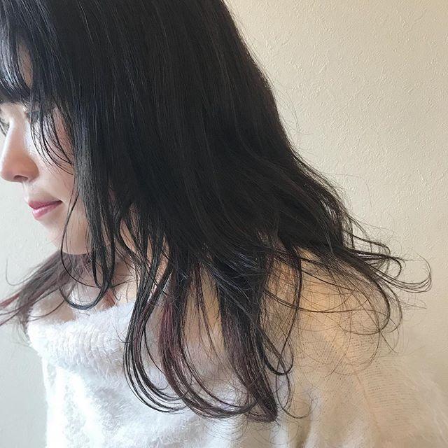 担当シオリ @shiori_tomii 成人式カラー着物にあわせて暗めなグレージュにpinkのポイントカラーを!#abond #shiori_hair #グレージュ#高崎美容室
