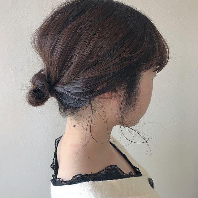 担当シオリ @shiori_tomii 短いBOBもラフにまとめてお団子ヘアに#abond #shiori_hair #hairarrange #ヘアアレンジ#高崎美容室