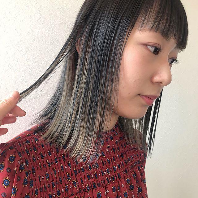 担当シオリ @shiori_tomii ランダムに入れたハイライトとローライトがかわいすぎます♡#abond #shiori_hair #ハイライト#ローライト#高崎美容室