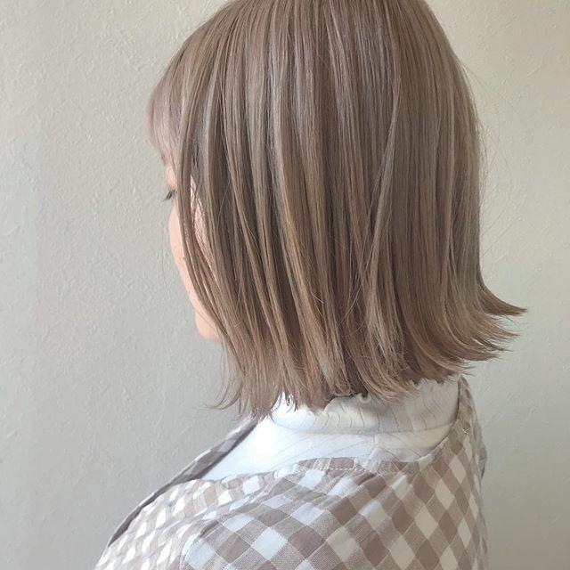 担当シオリ @shiori_tomii ホワイトベージュ#abond #shiori_hair #ホワイトベージュ#高崎美容室
