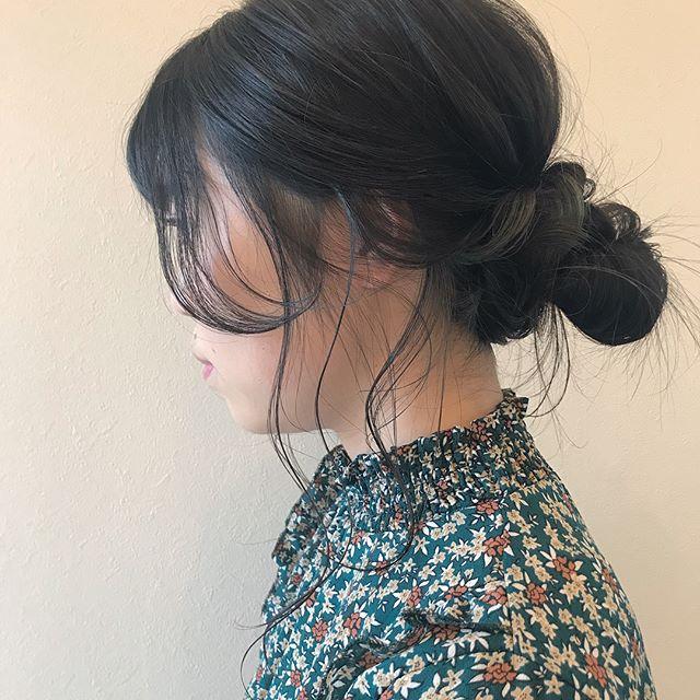 担当シオリ @shiori_tomii インナーのハイライトをいかしてオリーブグレーにしましたアレンジしたときにかわいい!#abond #shiori_hair #オリーブグレー#高崎美容室#hairarrange #ヘアアレンジ