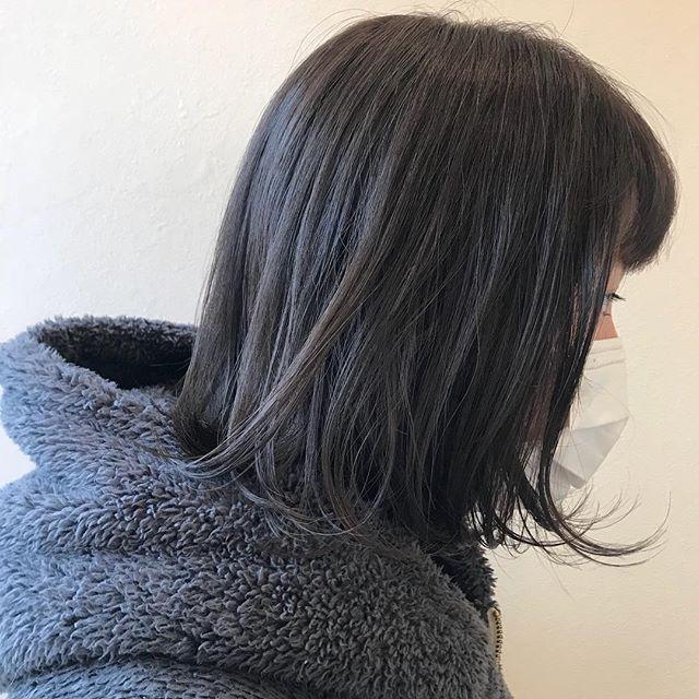 担当シオリ @shiori_tomii オリーブグレージュ🧚♂️🌲 4/1からはHEARTY @hearty__s に移動しますのでご予約はそちらからお願いします♡#abond #shiori_hair #オリーブグレージュ#高崎美容室