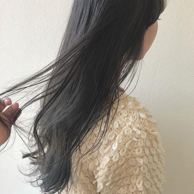 担当シオリ @shiori_tomii 安定の柔らかグレージュカラー#abond #shiori_hair #グレージュ#高崎美容室