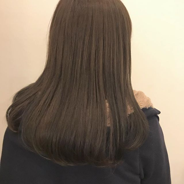 担当シオリ @shiori_tomii クリーミーベージュ 4/1からはHEARTY @hearty__s に移動しますのでご予約はそちらからお願いします♡#abond #shiori_hair #クリーミーベージュ#高崎美容室
