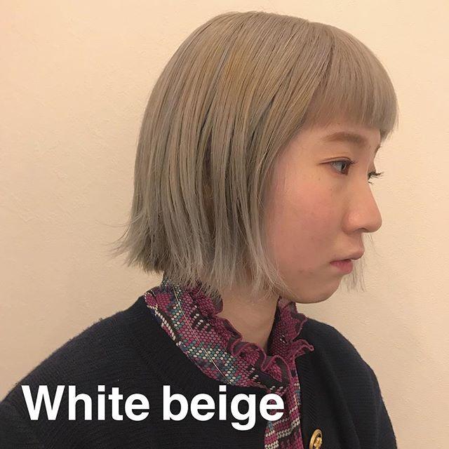 担当シオリ @shiori_tomii White beige color 4/1からはHEARTY @hearty__s に移動しますのでご予約はそちらからお願いします♡#abond#shiori_hair #ホワイトベージュ#高崎
