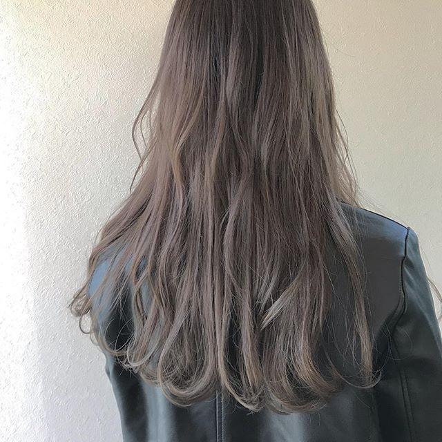 hair ... TOMMY ︎ほんのりピンクアッシュ🦢 @abond_tommy @heartyabond #tommy_hair #heartyabond# abond#アボンド#高崎#高崎美容室 営業時間変更のお知らせ2019年3月から土日、祝日の営業時間が変更になります。... ...................................:.......................................【土曜 OPEN 9:00  CLOSE 19:00】【日曜、祝日  OPEN9:00  CLOSE 18:00】... ...................................:.......................................平日は通常通り10:00〜20:00の営業になりますのでお間違えのないようにお願いいたします。