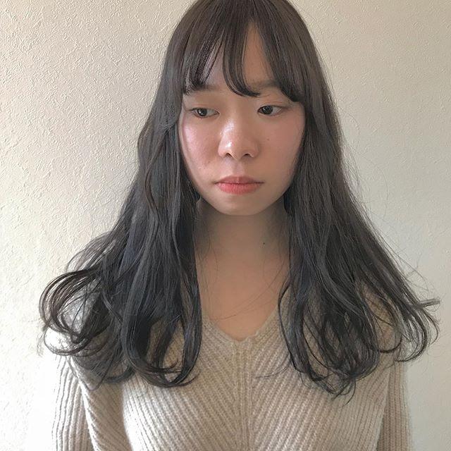 暗さの中の透明感 hair ... TOMMY ︎ @abond_tommy @heartyabond #tommy_hair #heartyabond#abond#アボンド#高崎#高崎美容室 営業時間変更のお知らせ2019年3月から土日、祝日の営業時間が変更になります。... ...................................:.......................................【土曜 OPEN 9:00  CLOSE 19:00】【日曜、祝日  OPEN9:00  CLOSE 18:00】... ...................................:.......................................平日は通常通り10:00〜20:00の営業になりますのでお間違えのないようにお願いいたします。