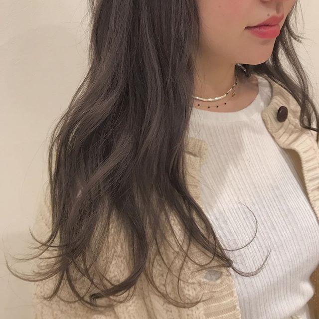 hair ... TOMMY ︎ほんのりラベンダーの入ったプラチナブラウン@abond_tommy @heartyabond#tommy_hair #ヘアカラー#カラー#heartyabond#abond#アボンド#高崎#高崎美容室 営業時間変更のお知らせ2019年3月から土日、祝日の営業時間が変更になります。... ...................................:.......................................【土曜 OPEN 9:00  CLOSE 19:00】【日曜、祝日  OPEN9:00  CLOSE 18:00】... ...................................:.......................................平日は通常通り10:00〜20:00の営業になりますのでお間違えのないようにお願いいたします。