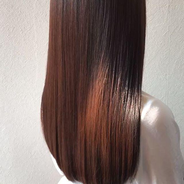 hair ... TOMMY期間限定新メニューのスペシャルトリートメント半額キャンペーン今月までです️ abond トリートメントスペシャルコース髪の中に蓄積されている不純物を取り除き、補修成分をたっぷりと注入️ 子供の髪のような柔らかい本当のツヤ髪にします今までのトリートメントで満足できなかった方是非一度お試しあれ.................................................................................新トリートメント導入の為、通常¥10,800のスペシャルトリートメントを6月中は半額の¥5,400で施術いたします♀️※ネット予約の場合はメニューで「お試しトリートメント」を選択してください🤳お電話でご予約の際は「お試しトリートメント希望です」とお伝えください@abond_tommy #tommy_hair#高崎 #高崎美容室#群馬#ツヤ#艶#ヘアトリートメント#トリートメント#スペシャルトリートメント#hearty#abond