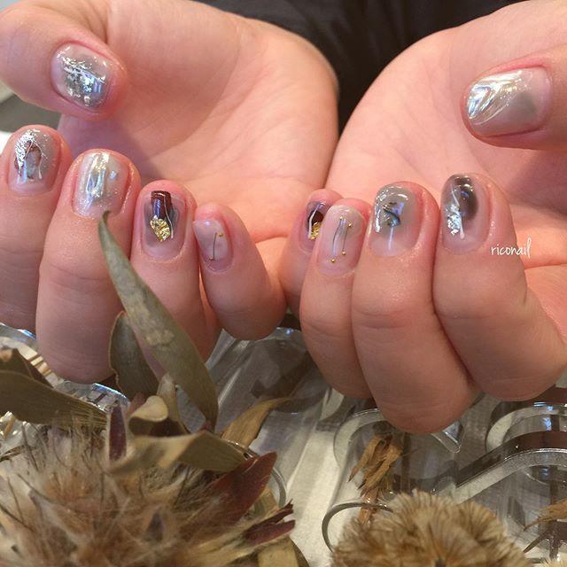 abondにて とみいまほちゃんと同時施術♫新しいトリートメントとネイルの同時施術を希望されるお客様が 連日ご来店くださっています♡̷ツヤツヤになるNEWトリートメント オススメです◡̈⃝!!#riconail #HEARTY #abond #nail #nails #gelnail #gelnails #nailart #instanails #nailstagram #beauty #fashion #nuancenail #ネイル #ジェルネイル #ネイルデザイン #ニュアンスネイル #シアーネイル #個性派ネイル @riconail123