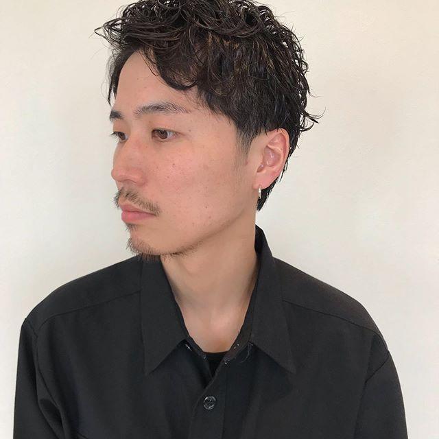 hair ... TOMMY ︎men's パーマ style ︎ 12月はご予約が大変混みあうので、お早目めのご予約をオススメいたします♀️@abond_tommy @heartyabond#tommy_hair #heartyabond#abond#カラー#ヘアカラー#アボンド#高崎#高崎美容室