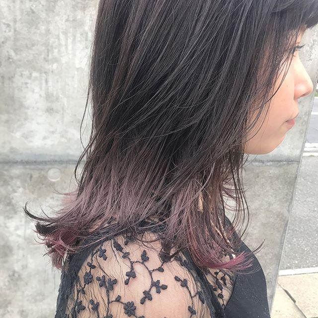 担当シオリ @shiori_tomii ピンクグレージュにpinkとgrayのハイライトでムラカラー♡#abond#shiori_hair #haircolor#ピンクグレージュ