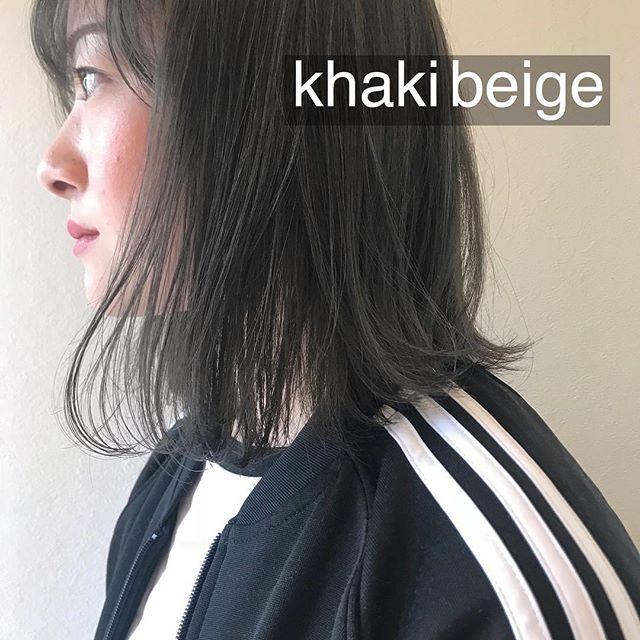 担当シオリ @shiori_tomii 加工なしでこの透明感最高にかわいいです♡明日以降まだ、ご予約あいておりますので、ぜひぜひお待ちしております♡#abond #shiori_hair #カーキベージュ#高崎美容室