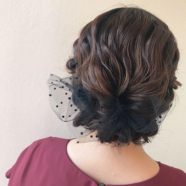 担当シオリ @shiori_tomii 結婚式のヘアセットチュールで大人っぽく!#abond #shiori_hair #hairarrange #ヘアアレンジ#ヘアセット#高崎美容室