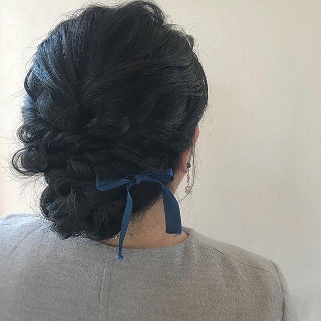 担当シオリ @shiori_tomii ヘアセット🦕🦕#abond #shiori_hair #hairarrange #ヘアアレンジ#ヘアセット#高崎美容室