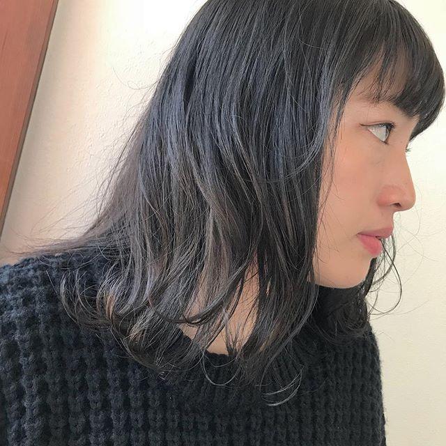 担当シオリ @shiori_tomii グレージュのグラデーションカラー🦓🦓#abond #shiori_hair #グレージュ#高崎美容室