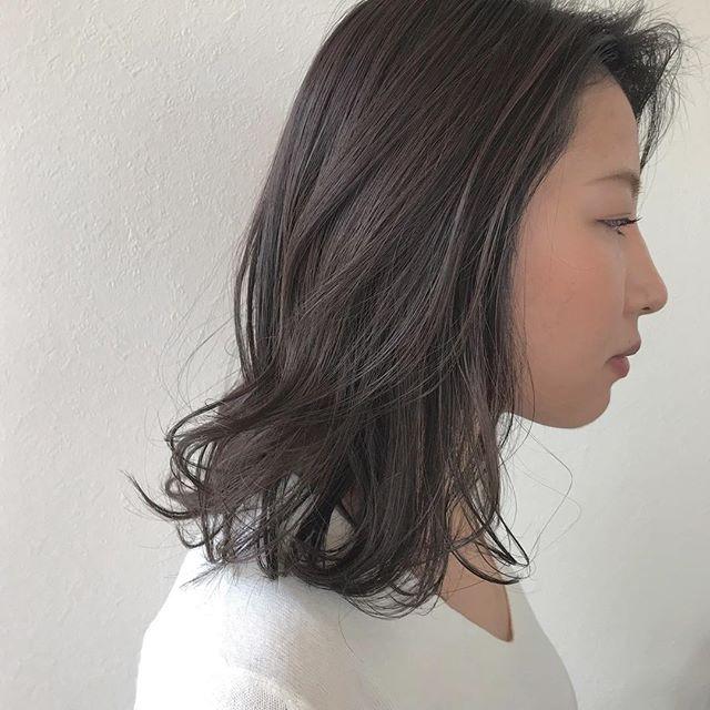 担当シオリ @shiori_tomii カーキグレージュで柔らかcolor#abond #shiori_hair #カーキグレージュ#高崎美容室