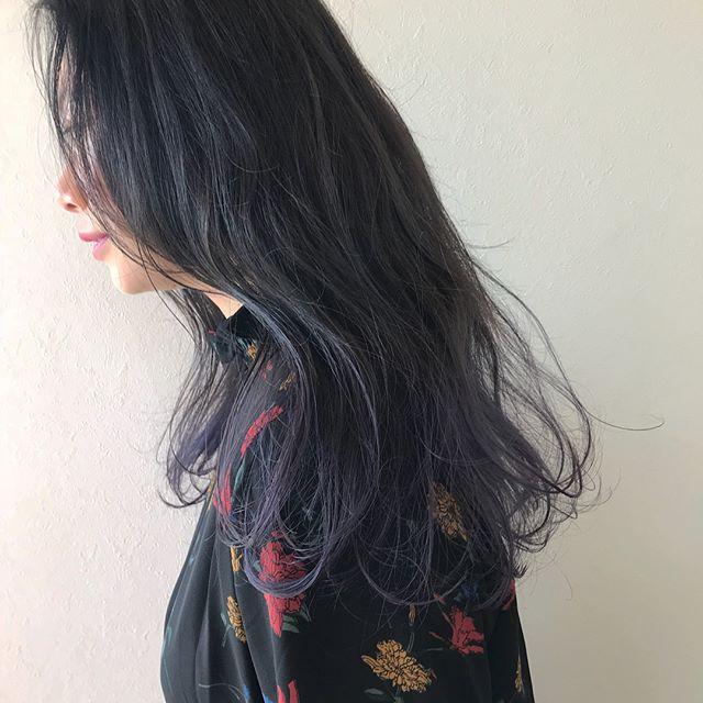 担当シオリ @shiori_tomii 成人式にむけてカラーされる方ふえてます♡グレージュからラベンダーのグラデーション#abond #shiori_hair #ラベンダー#グラデーション#高崎美容室