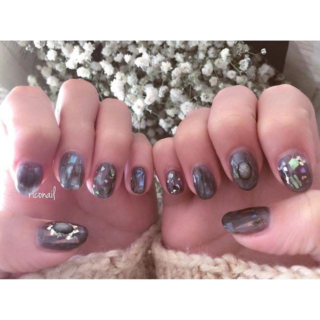 HEARTYのアイリスト えみりちゃんのnew nail☆#riconail #HEARTY #abond #nail #nails #gelnail #gelnails #nailart #instanails #nailstagram #beauty #fashion #nuancenail #black #ネイル #ジェルネイル #ネイルデザイン #ニュアンスネイル #ショートネイル @riconail123