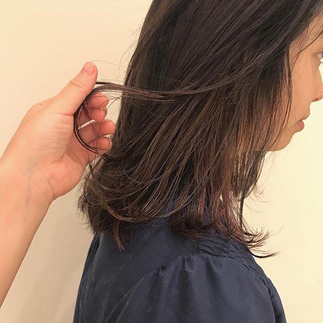 担当シオリ @shiori_tomii ピンクベージュにベビーピンクのハイライト#abond #shiori_hair #ピンクベージュ#高崎美容室