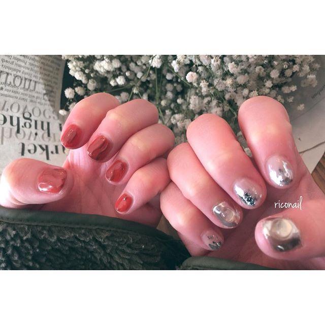 HEARTYのスタイリスト とみいまほちゃんのnew nail☆#riconail #HEARTY #abond #nail #nails #gelnail #gelnails #nailart #instanails #nailstagram #beauty #fashion #nuancenail #darkorange #silver #ネイル #ジェルネイル #ネイルデザイン #ニュアンスネイル #ミラーネイル #ショートネイル @riconail123