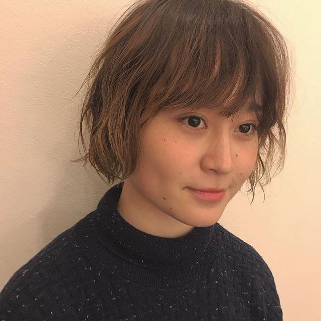 担当シオリ @shiori_tomii 直毛にふんわりくせ毛風なパーマを#abond #shiori_hair #パーマ#高崎美容室