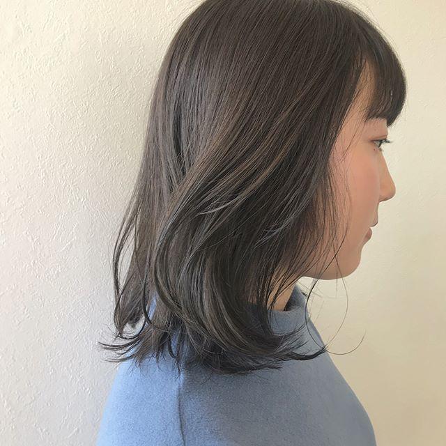 担当シオリ @shiori_tomii ブリーチなして、アッシュベージュに🌨🌨#abond #shiori_hair #アッシュベージュ#高崎美容室