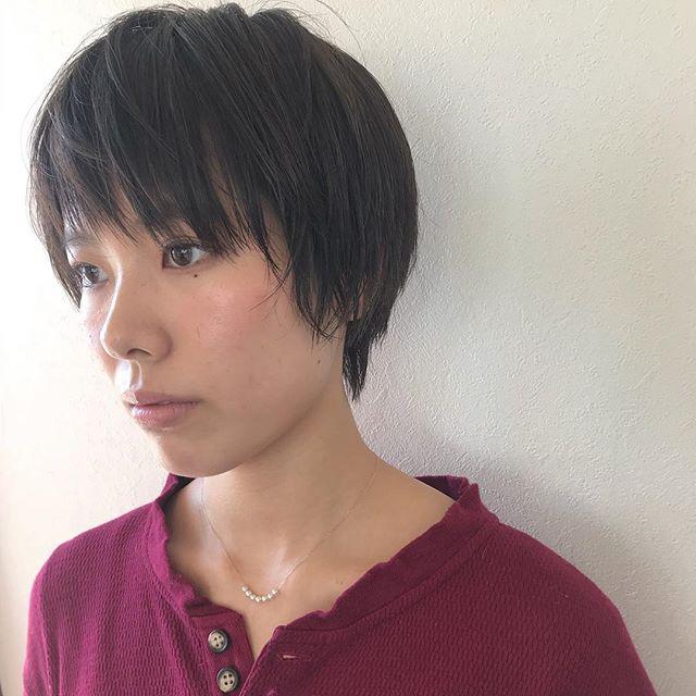 担当シオリ @shiori_tomii 前髪をアシメバングにしたラフなショートヘア#abond #shiori_hair #shorthair #高崎美容室