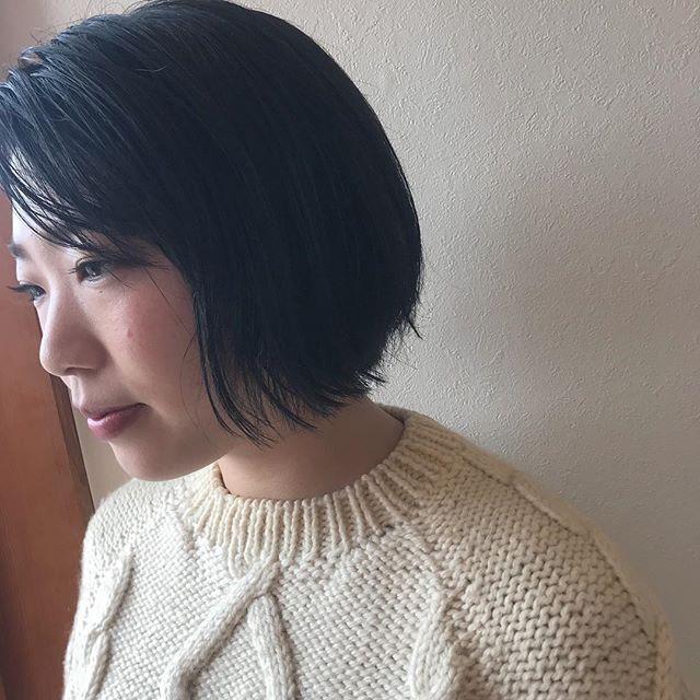 担当シオリ @shiori_tomii 黒染めするなら色落ちもきれいな透明感のあるアッシュグレーカラーで🦈#abond #shiori_hair #グレー#高崎美容室