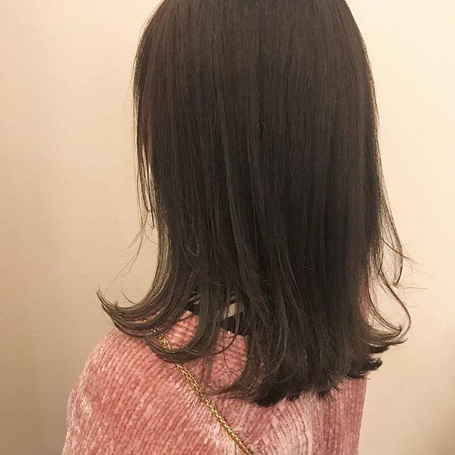 担当シオリ @shiori_tomii もともと入ってたハイライトをいかして、ラベンダーグレージュ🌨#abond #shiori_hair #ラベンダー#グレージュ#高崎美容室