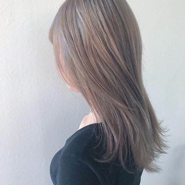 担当シオリ @shiori_tomii ケアブリーチして王道なベージュカラー#abond #shiori_hair #ベージュ#高崎美容室