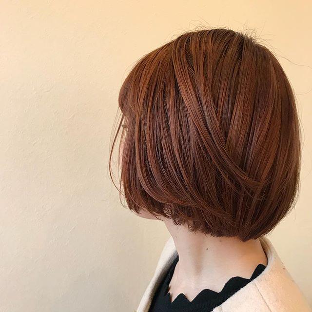 担当シオリ @shiori_tomii ロングからばっさりミニBOBに🐇🐇ミニBOBに似合うオレンジhairにしました#abond #shiori_hair #オレンジベージュ#高崎美容室