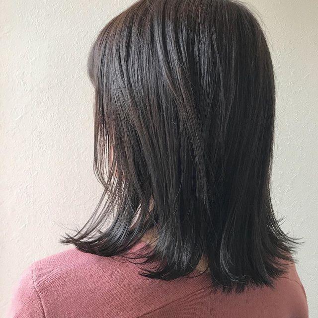 担当シオリ @shiori_tomii お肌の透明感を引き立てるグレージュカラー#abond #shiori_hair #グレージュ#透明感#高崎美容室