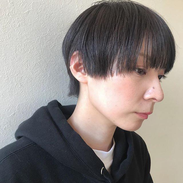 担当シオリ @shiori_tomii ラベンダーグレーのマッシュショートhair#abond #shiori_hair #ラベンダーグレー#マッシュショート #高崎美容室