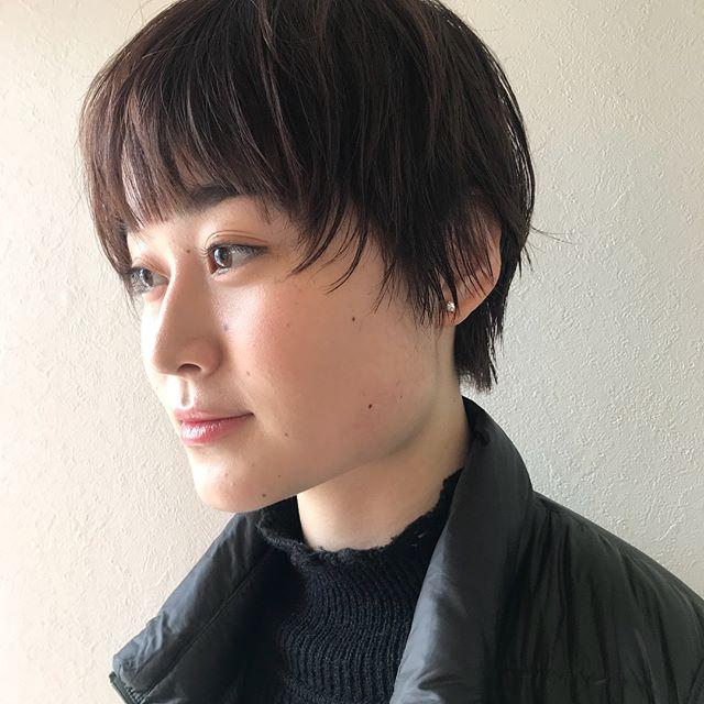 担当シオリ @shiori_tomii もみあげの束感がポイントのshortstyle#abond #shiori_hair #shorthair #高崎美容室