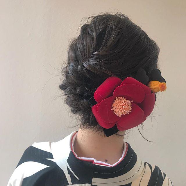 担当シオリ @shiori_tomii 卒業式ヘアセット🧚♂️ 4/1からはHEARTY @hearty__s に移動しますのでご予約はそちらからお願いします♡#abond#shiori_hair #成人式ヘア #卒業式ヘア#ヘアセット#高崎美容室