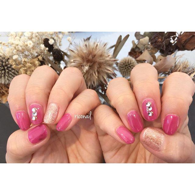 pink × purpleを混ぜ混ぜ♩#riconail #HEARTY #abond #nail #nails #gelnail #gelnails #nailart #instanails #nailstagram #pink #beauty #fashion #nuancenail #ネイル #ジェルネイル #ネイルデザイン #ミラーネイル #ニュアンスネイル #ショートネイル #シアーネイル #春ネイル @riconail123