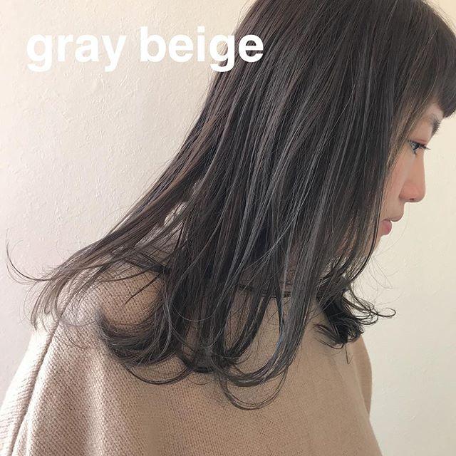 担当シオリ @shiori_tomii グレージュcolor透明感です 4/1からはHEARTY @hearty__s に移動しますのでご予約はそちらからお願いします♡#abond#shiori_hair #グレージュ#高崎美容室