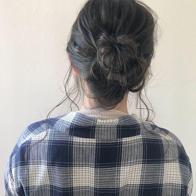 @shiori_tomii 明日はabondラスト出勤です♡夕方まだ空きがありますのでぜひお待ちしています♡4/1からはHEARTY @hearty__s に移動しますのでご予約はそちらからお願いします♡#abond#shiori_hair #ヘアアレンジ#ヘアセット#高崎美容室