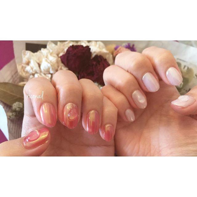 オーロラミラーのアシンメトリー︎#riconail #nail #nails #gelnail #gelnails #nailart #instanails #nailstagram #beauty #fashion #nuancenail #ネイル #ジェルネイル #ネイルデザイン #ミラーネイル #オーロラミラーネイル #アシンメトリーネイル #ニュアンスネイル #ショートネイル #シアーネイル @riconail123