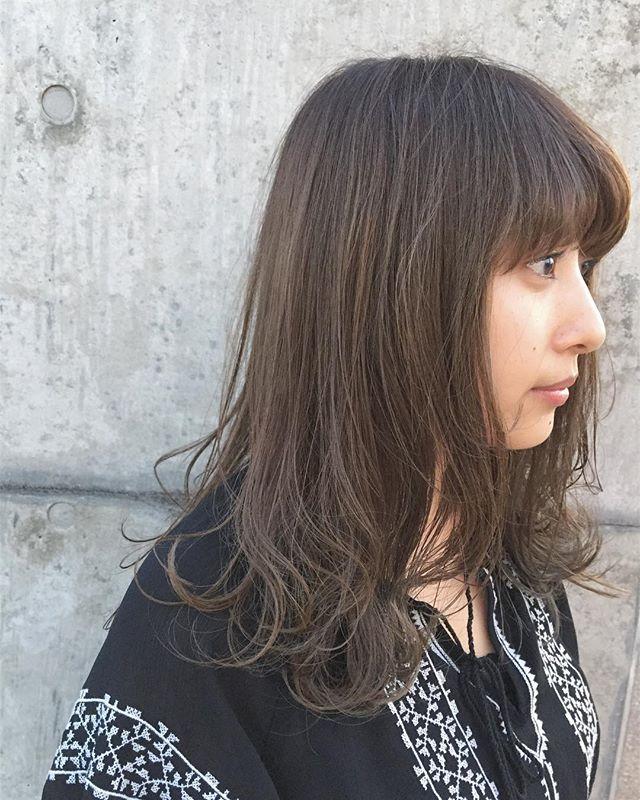stylist:塚越毛先に透明感が出るようにハイライトをたくさん入れたベージュブラウン#abond#高崎#美容室#ハイライト