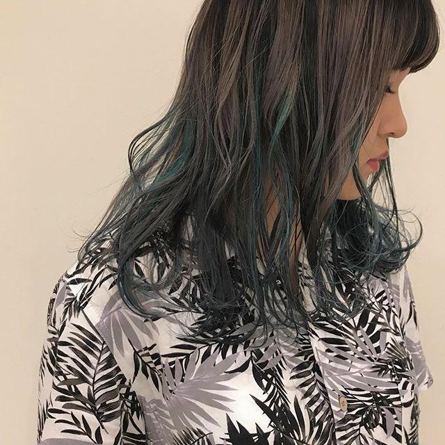 hair ... TOMMY ︎gray × bule のmix color @abond_tommy #tommy_hair#abond#heartyabond#ハイライト#高崎#高崎美容室