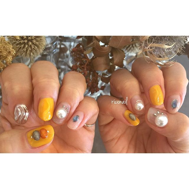 abond de nail#riconail #HEARTY #abond #nail #nails #gelnail #gelnails #nailart #instanails #nailstagram #beauty #fashion #nuancenail #orange #silver #ネイル #ジェルネイル #ネイルデザイン #ネイルアート #ニュアンスネイル #シアーネイル #ミラーネイル @riconail123